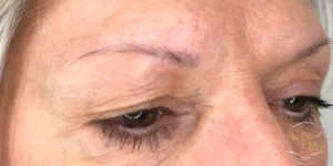 avant maquillage permanent pour combler les sourcils maquillage permanent Sabine Valenti