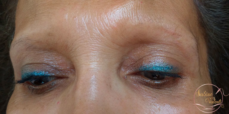 avant reconstruction des sourcils avec maquillage permanent Sabine Valenti