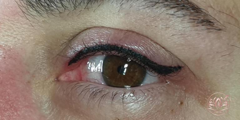 Eyeliner-maquillagepermanent-sabinevalenti