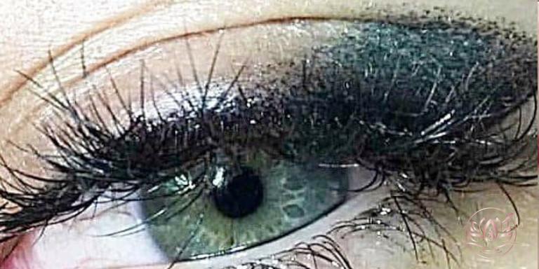 Eye-Liner-maquillage-permanent-sabine-valenti