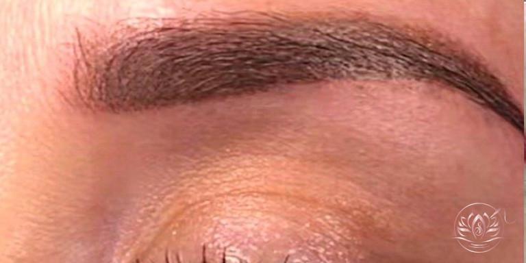 Sourcils-poudré-maquillage-permanent-sabinevalenti